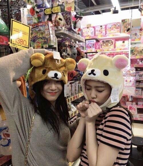 Jisoo & jennie / jensoo Ch+