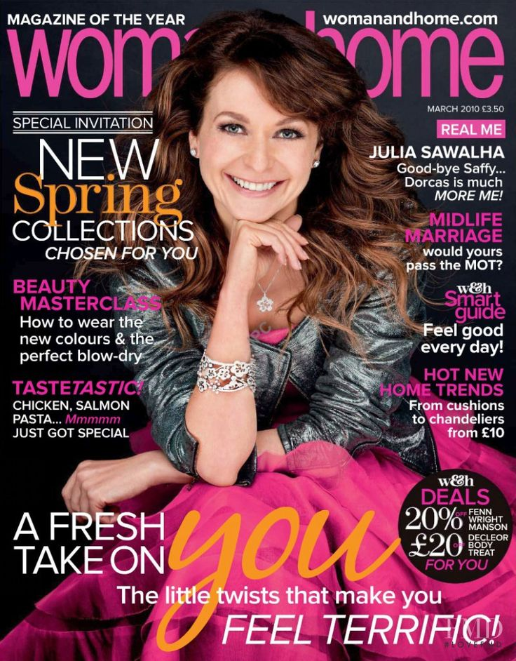 Cover with Julia Sawalha March 2010 of GB based magazine woman&home from IPC Media Ltd.  including details. (ID:7236)