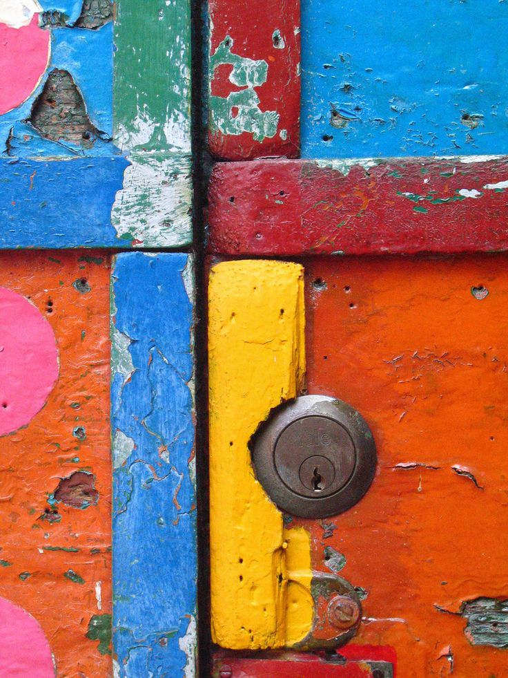 painted door (Burano)