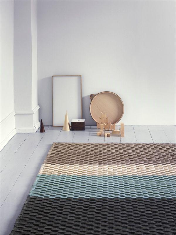 Alfombra de lana REGARD, de la colección LD Selected de Linie Design, tejida a mano. Distintas medidas.