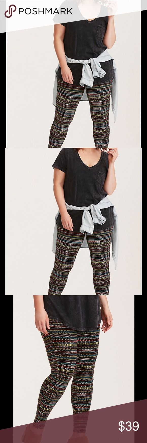 Torrid Size 4 Cropped Leggings geo print We're in love with the shape of these shapely leggings. The black knit offers second skin fit and a stretch waistband keeps you comfy. The geo multi color print has us brushing up on our geometry. torrid Pants Leggings