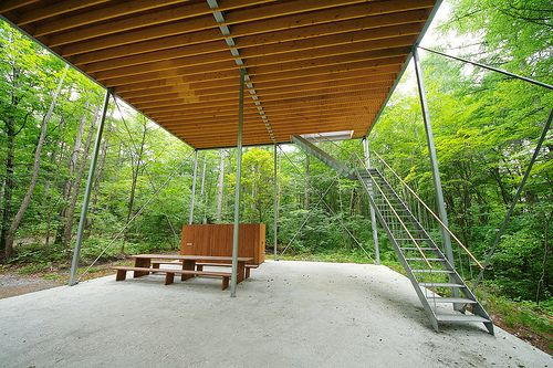 Pilotis in a Forest 森のピロティ Architect: Go Hasegawa 長谷川豪 Location: Gunma, Japan Completion year: 2010