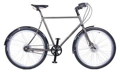 Elegant city bike for males with a belt instead of a standard chain! Biking revolution! // Stylové pánské jízdní kolo Traffic s řemenovým převodem Carbon Drive. #beltbike #menonbikes #citybike