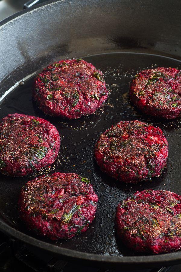 Rode bieten burger, lekkerrr veganistisch...