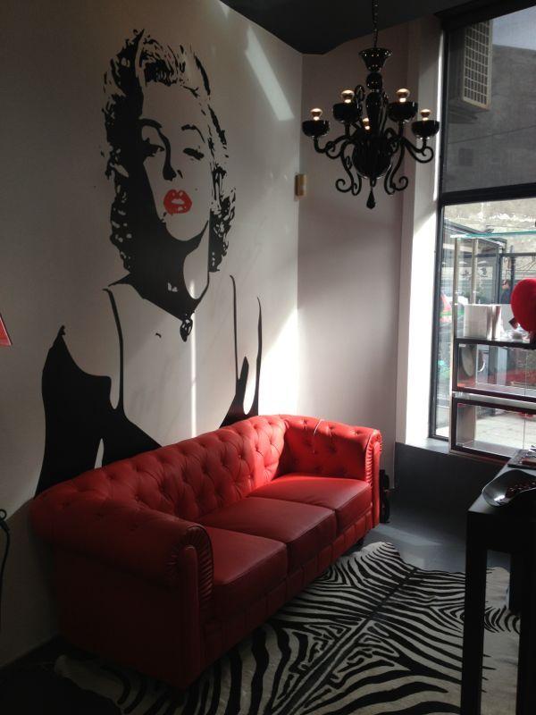 El nuevo look de nuestra salita de espera #peluquerias #pepavinas