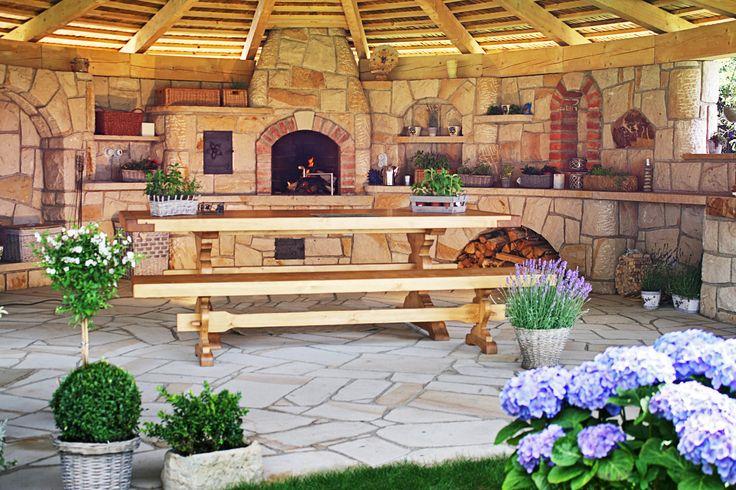 Outdoor kitchen la provence