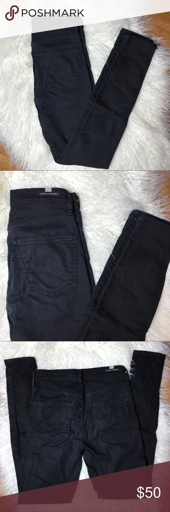 "Citizen of Humanity Rocket Highrise Skinny Citizen of Humanity Rocket Highrise Skinny. One of their most popular jeans and super flattering. A bit wrinkled in the photo but in excellent condition. 9 1/2 "" rise and 29 1/2 inch inseam. Citizens Of Humanity Jeans Skinny"