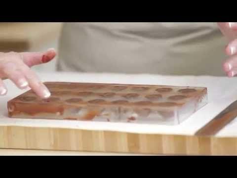 Sådan laver du fyldte chokolader - Videotip med Mette Blomsterberg