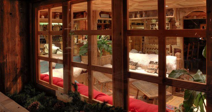 ->CHALET RENTALS LES ARAVIS MASSIF - 4-STAR HOTEL MANIGOD - CHALET RENTALS LA CLUSAZ