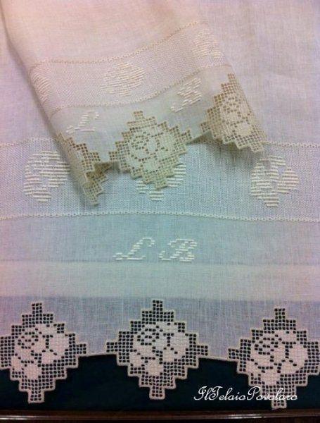 La serie di asciugamani continua.. ed il lino accompagnato