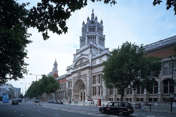 Victoria and Albert Museum - London