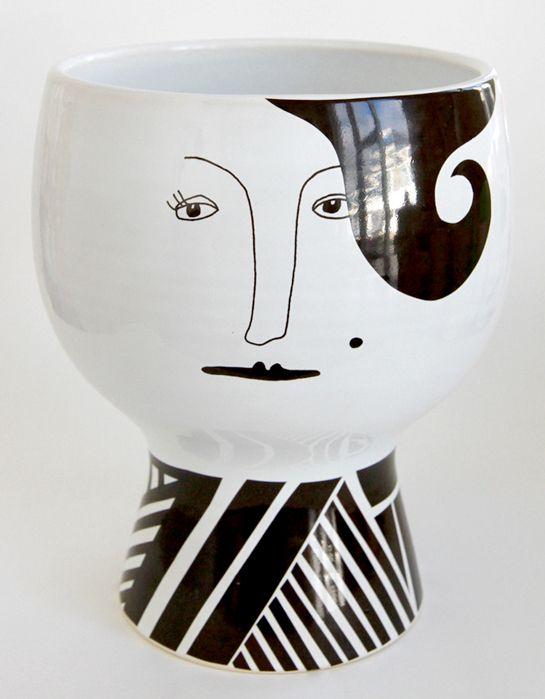 As encantadoras porcelanas de Meyer-Lavigne, coletivo dinamarquês de design de interiores, das designers Kristine Meyer e Sabine Lavigne.