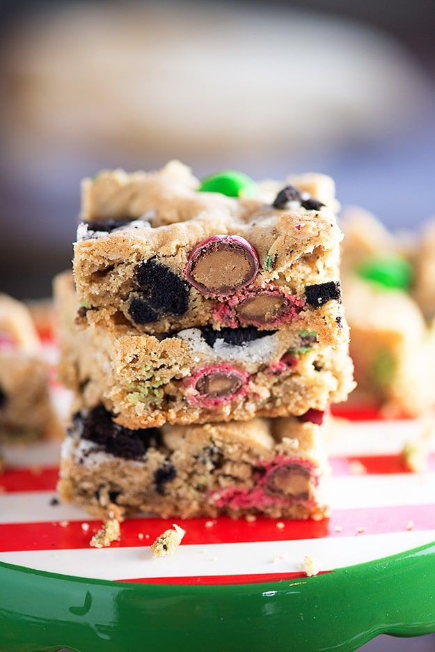 These easy Christmas cookies are loaded with peanut butter, Oreo