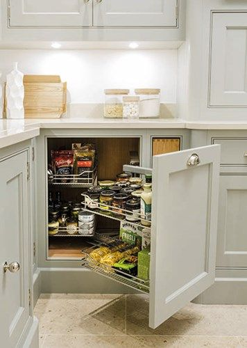 Best idea I've seen so far for corner cupboards - no waste of space whatsoever !