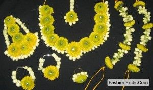 Real Flower Jewellery for mehndi brides