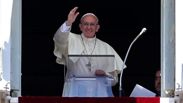 CIUDAD DEL VATICANO - Los participantes en el congreso promovido por el Vaticano para debatir los peligros en internet presentaron ayer al ...