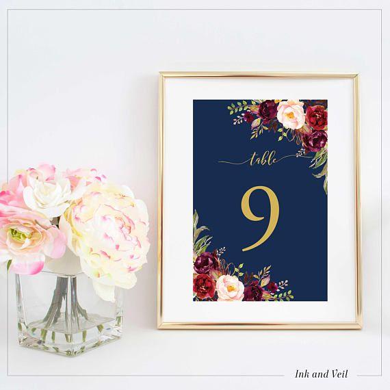 Tischnummer für die Hochzeit in Marine Blau, Gold und Burgunder