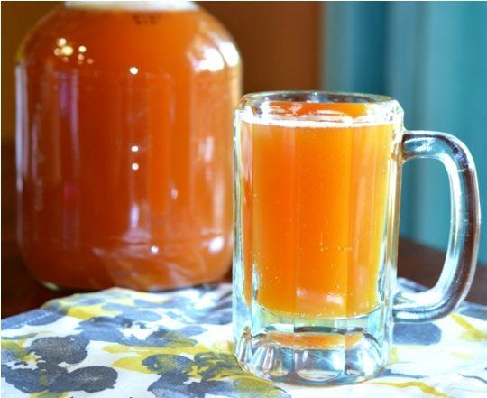 Медовый квас с лимоном: http://fort.luxpovar.ru/kulinariya/napitki/medovyiy-kvas-s-limonom/ - это превосходный и вкусный способ утолить жажду в жару.