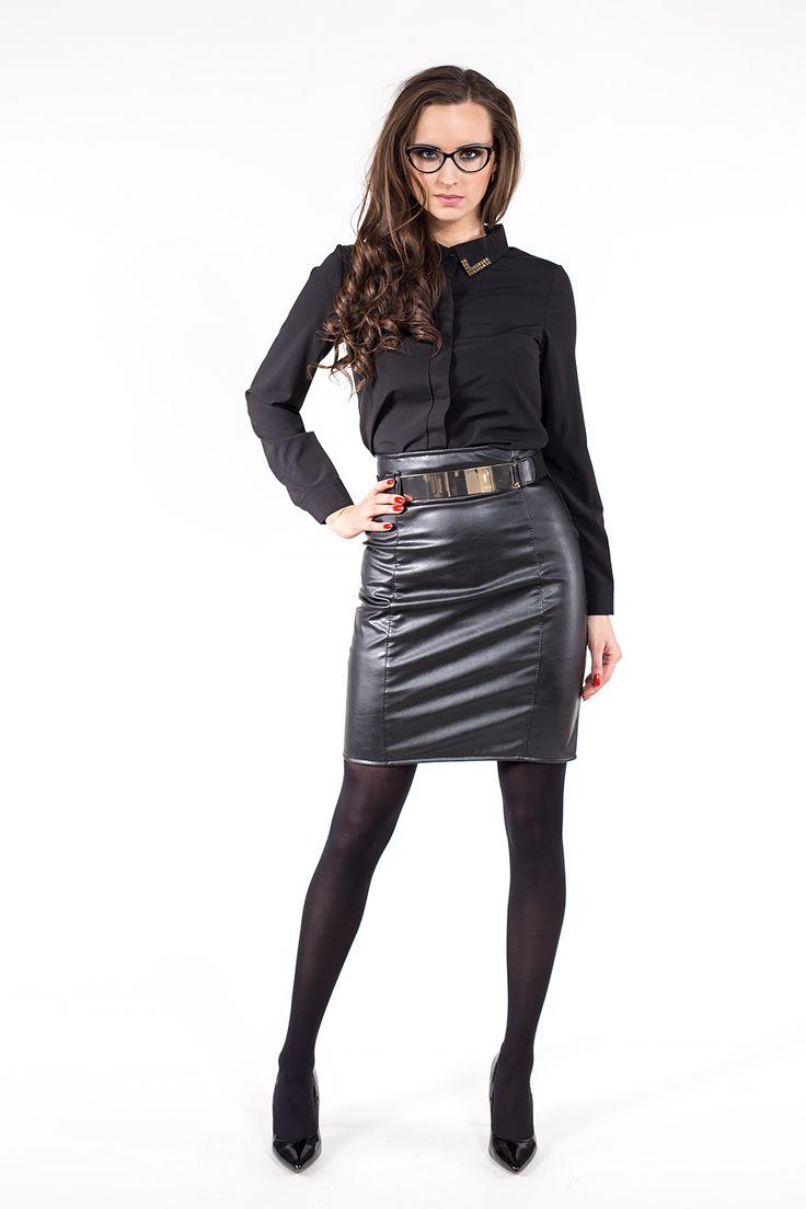 Czarna koszula z metalowym zdobieniem ABK0006 www.fajne-sukienki.pl