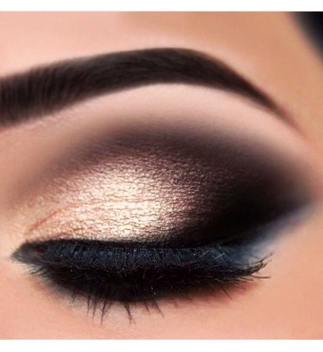 Gold and smoky shadow