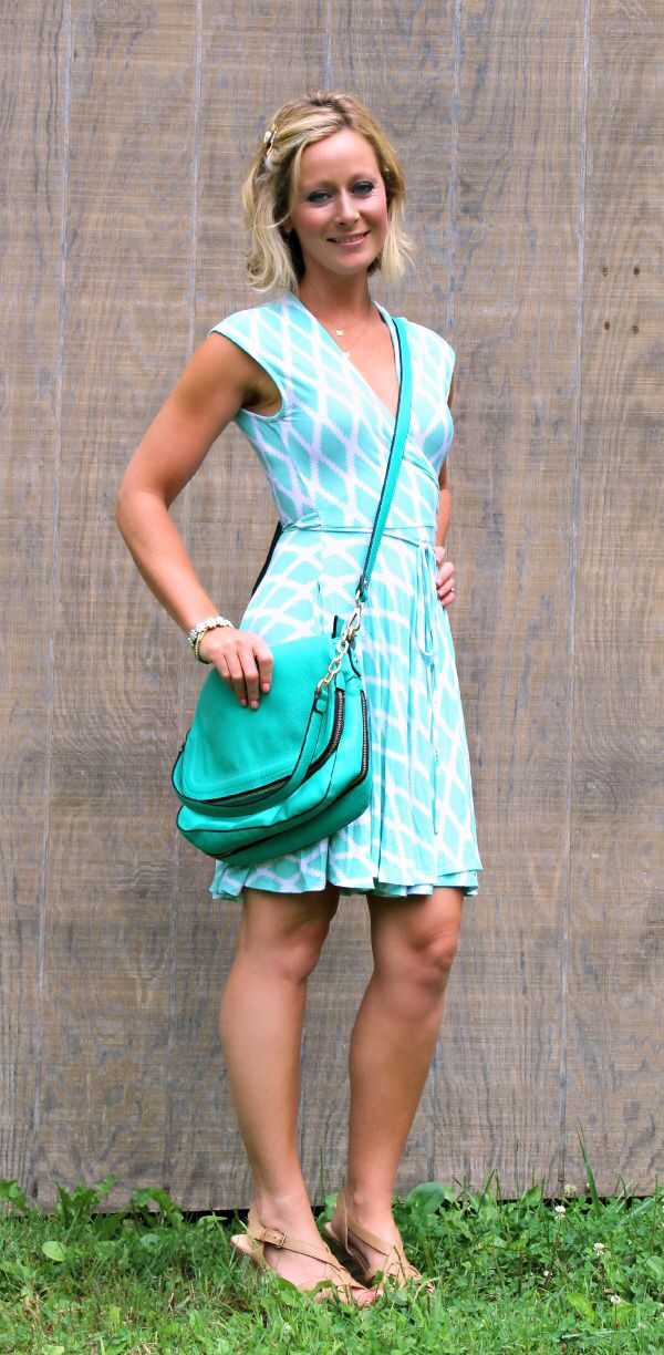 Stitch Fix Hourglass Lilly Kasie Geo Print Jersey Wrap Dress --- great  color and style.
