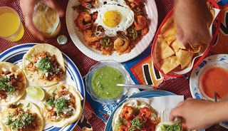 Organizing a party in Ghaziabad? Order Food Online from foodiesquare.in