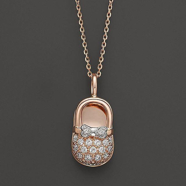 Pırlanta Baby Patik Kolye  0.17 Karat Pırlanta  www.pirlantaatolyesi.com  #diamond #sapphire #pirlanta #gold #18k #fashion #trend #gift #style #vogue #trendy #jewelry #love #amazing #ruby #rings #emerald #lovegold #bracelet #earings #necklace #jewellry #eternity #istanbul #izmir #baby