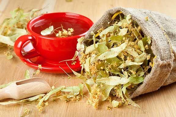 The (Surprising!) Beauty Benefits of Green Tea