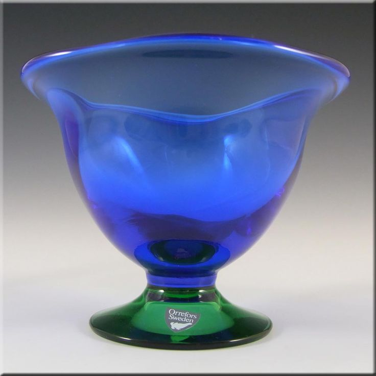 "Orrefors Glass ""Louise"" Bowl by Erika Lagerbielke - Label £29.99"