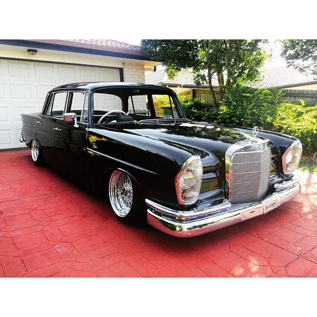 Heckflosse w111 220s google search mercedes benz for Google mercedes benz