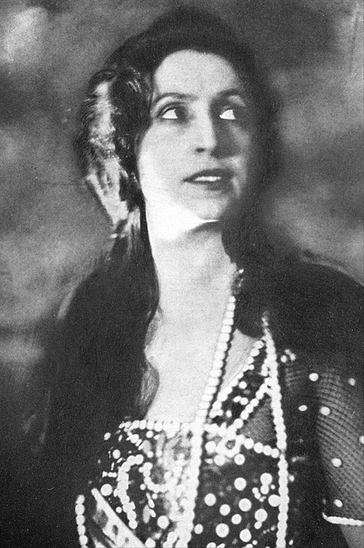 Amelita Galli-Curci (1882 - 1963) Italian Coloratura Soprano