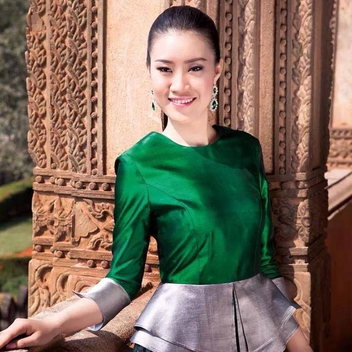 Miss Lao 2013
