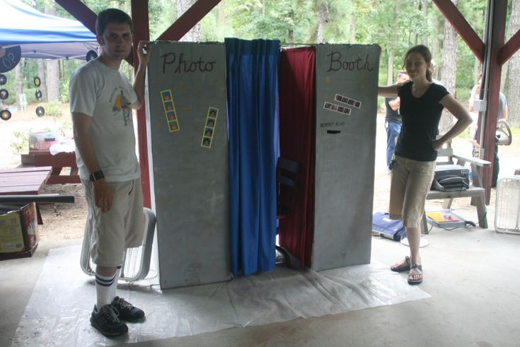For more enquiry click: http://www.castlecapers.com.au/photo-booths/