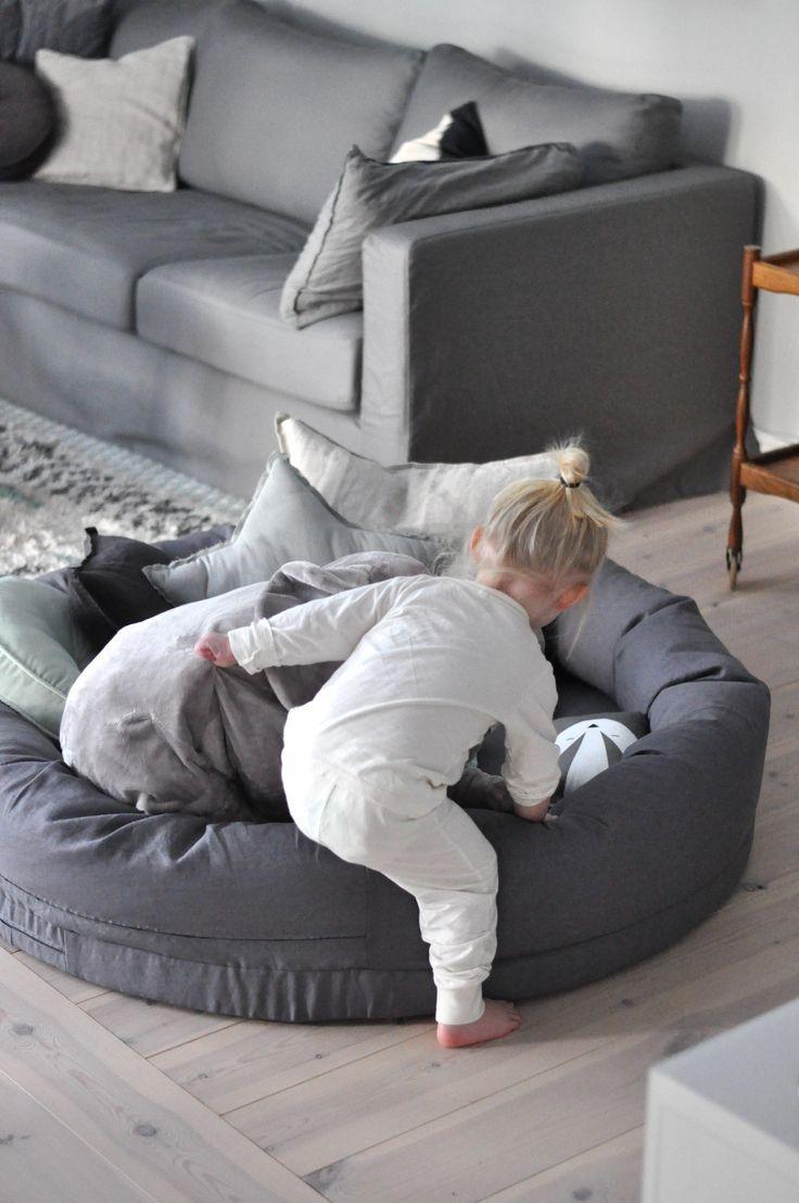 Myspöl, Graphite grey (kollektion NG Baby Mood) | Källa: Josefin Netz