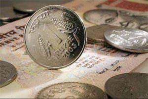 रुपया आज शुरुआती कारोबार के दौरान अंतरबैंक विदेशी मुद्रा बाजार में तीन पैसे की मजबूती के साथ