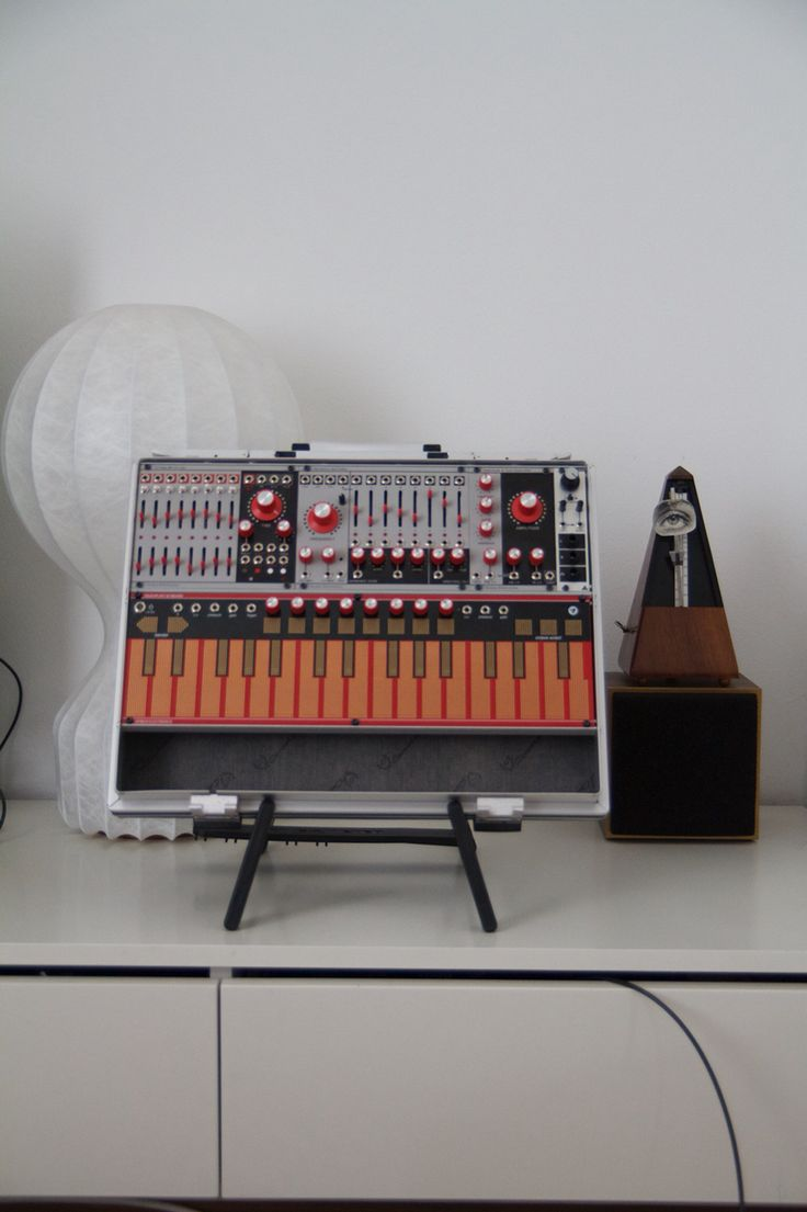 30 best modular synths images on pinterest music production drum machine and music instruments. Black Bedroom Furniture Sets. Home Design Ideas