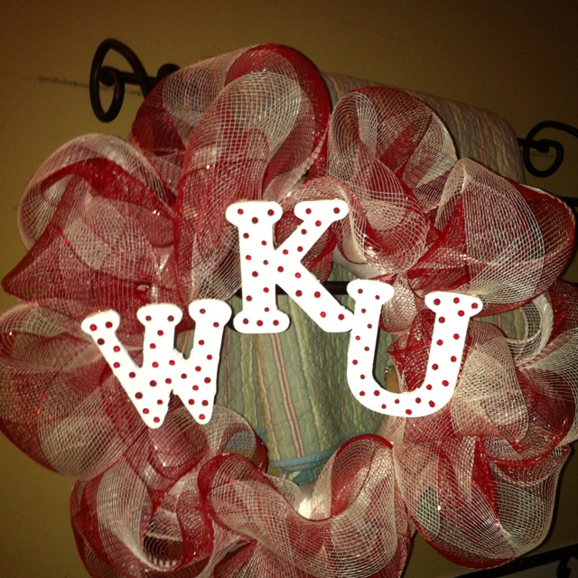 WKU wreath!!! Can make them for $30, email me: sweets6723@aol.com
