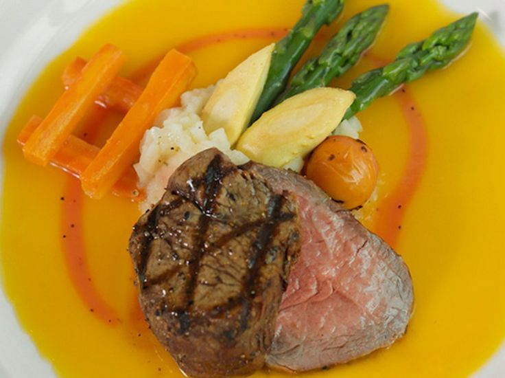 Marquis Bistro - Global Cuisine in Oakville, Fine Dining Restaurant with an amazing Executive Chef.