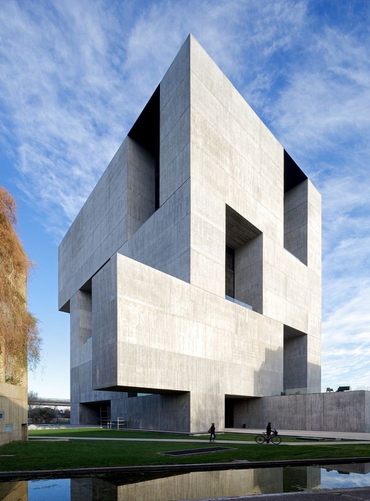 Built by Alejandro Aravena | ELEMENTAL in Santiago, Chile with date 2014. Images by Nico Saieh. In 2011, Angelini Group decided to donate the necessary funds to create a center where companies, businesses and more...