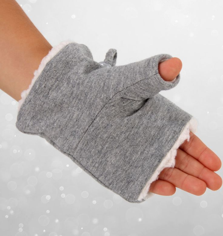 Kids Fingerless Gloves #bedheadhats #kidsgloves #fingerlessgloves