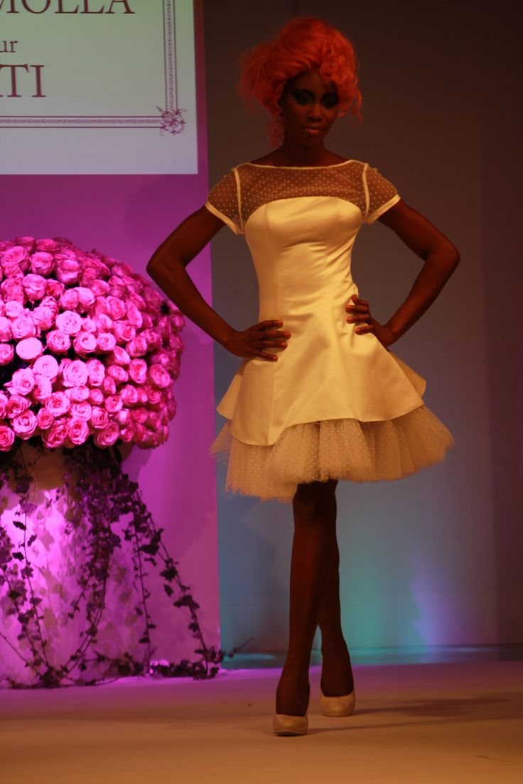 robes de mari e 10 handpicked ideas to discover in weddings. Black Bedroom Furniture Sets. Home Design Ideas