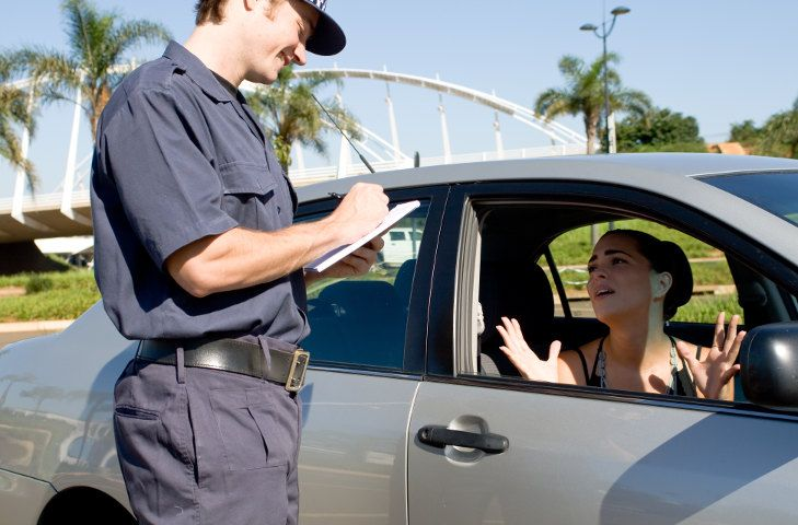 Multa: se a guidare non è il proprietario, la contravvenzione è valida?