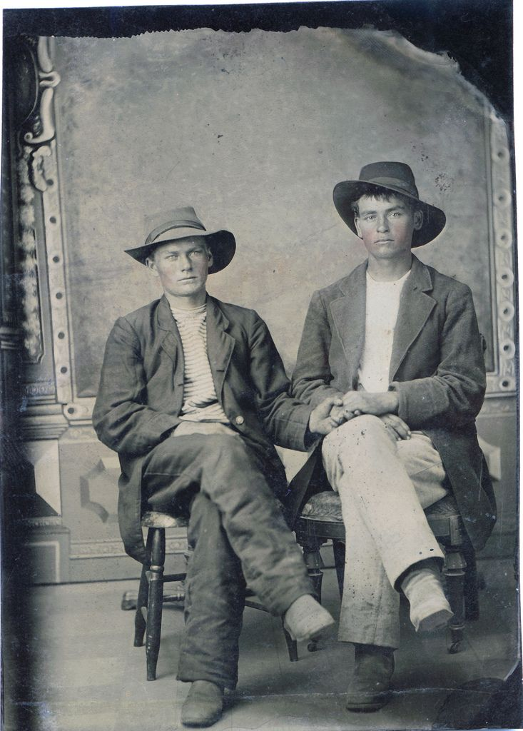 Vintage Photo - Gay Couple In The Late 1800S In America -1246