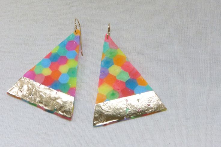 maker:  Peaches + Keen product:golden peaks colourific triangle earrings material:plastic beads, gold foil, 9ct hooks handmade in Melbourne