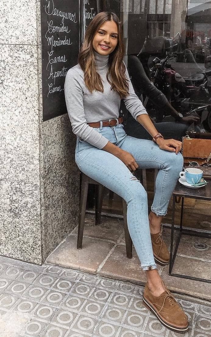 3f821be1f0b 30 Chic Sweater Outfit Ideas For Fall 2018