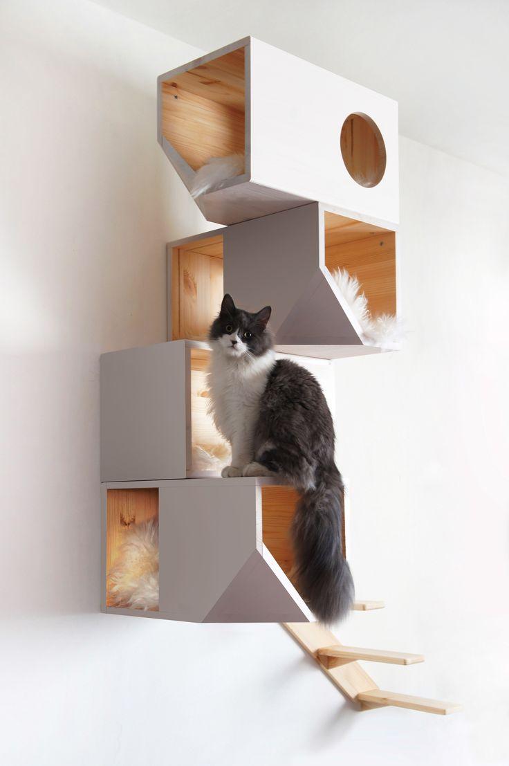 superb einfache dekoration und mobel katzenbaum deluxe #1: Viele Katzenbäume sind einfach nur hässlich und passen nicht wirklich in  eine gut durchdesignte Wohnung. Das russische Unternehmen Mojorno.