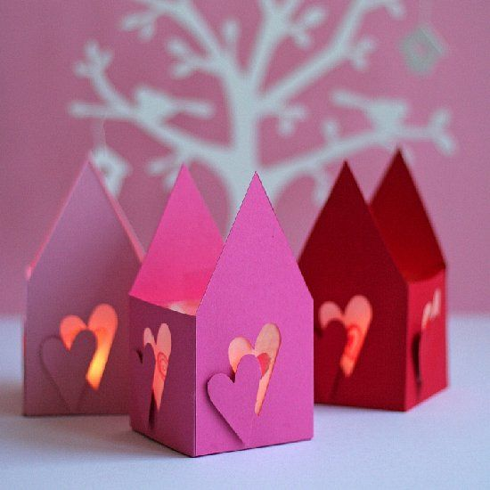 Lighted paper houses to add a romantic mood to a room on Valentine's Day. With template and illustrated tutorial.