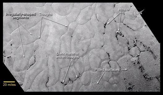 Après ses montagnes, Pluton dévoile des plaines glacées à la sonde New Horizons (PHOTOS)