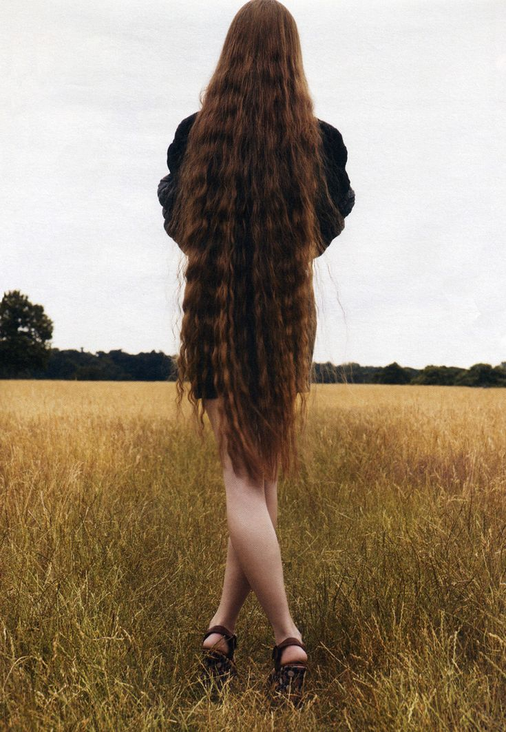 Фотки голых длинноволосых женщин