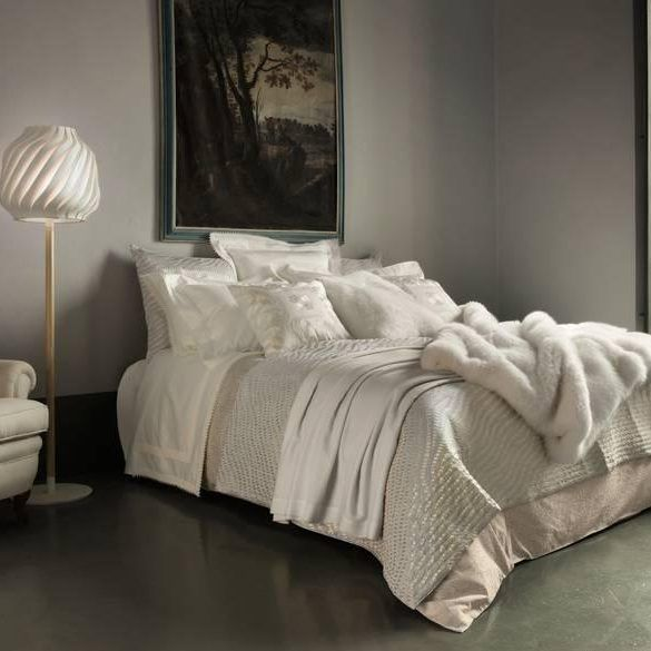 best 25 hotel collection bedding ideas on pinterest 10549 | dd0ab9251165e17ddee5bec68464367b luxury linens luxury bedding